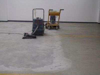 Затирка и шлифование бетонного пола
