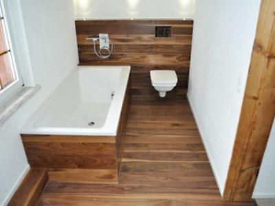 Для пола в ванной подходит не любая древесина