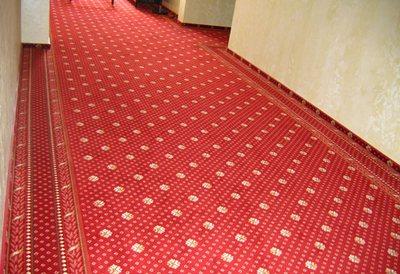 Ковровое покрытие в коридоре