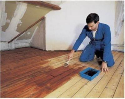 Вскрытие лаком деревянного пола