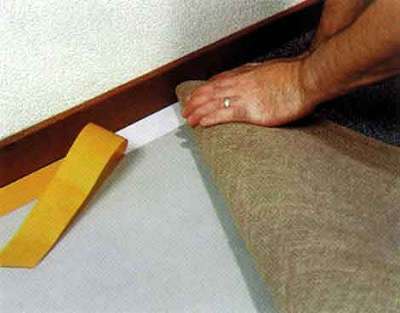 Укладка ковролина бесклеевым способом