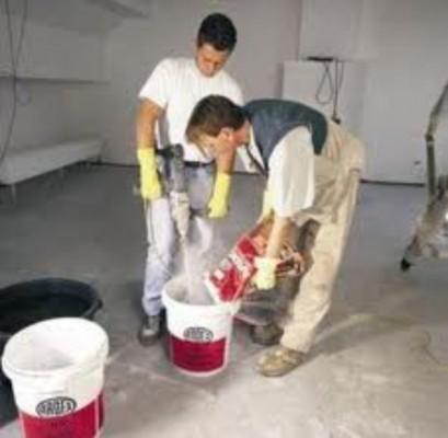 Приготовление смеси заливного пола