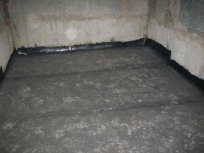 Гидроизоляция ванной комнаты при помощи рулонных материалов