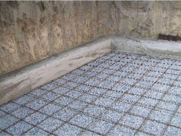 бетон в гараже