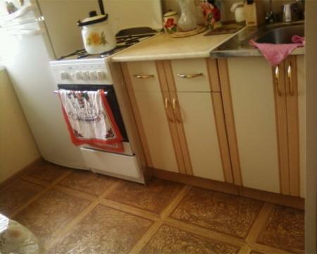 Линолеумный пол на кухне