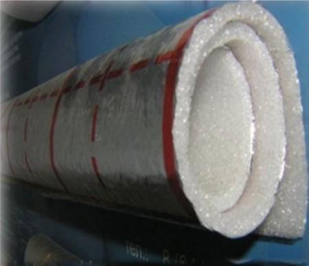 Полотно вспененного полиэтилена с ламинированной поверхностью
