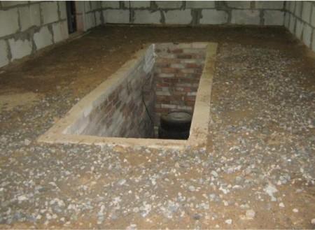 Подушка из гравия, песка и щебня для пола в гараже