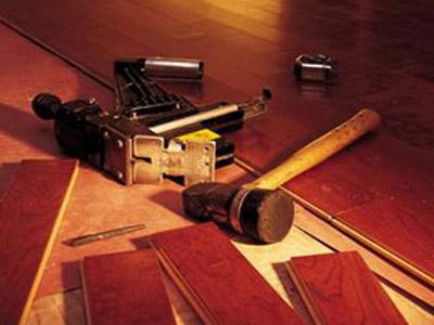 Устранить скрипы можно разными методами
