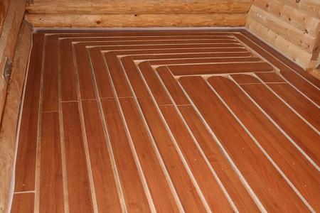 Укладка деревянных реек