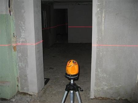Разметка квартиры лазерным уровнем